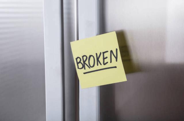 broken refrigerator photo
